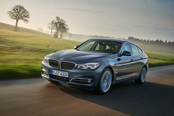 2017 BMW 3 Series Coupe photo - 1