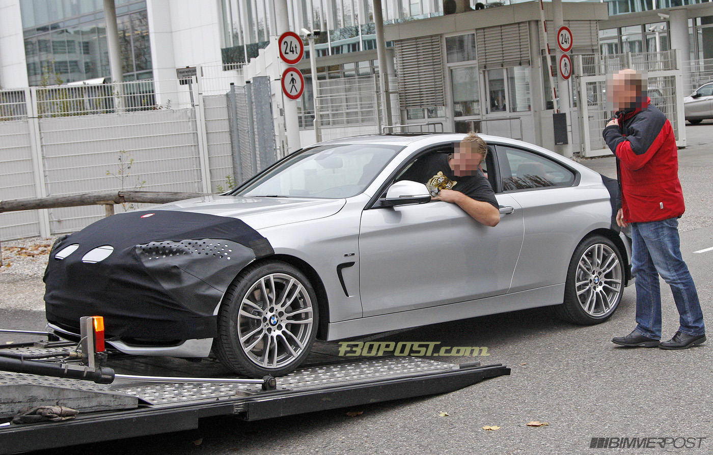 2017 BMW 3 Series Coupe photo - 3