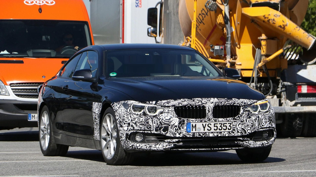 2017 BMW 4 Series Coupe photo - 4