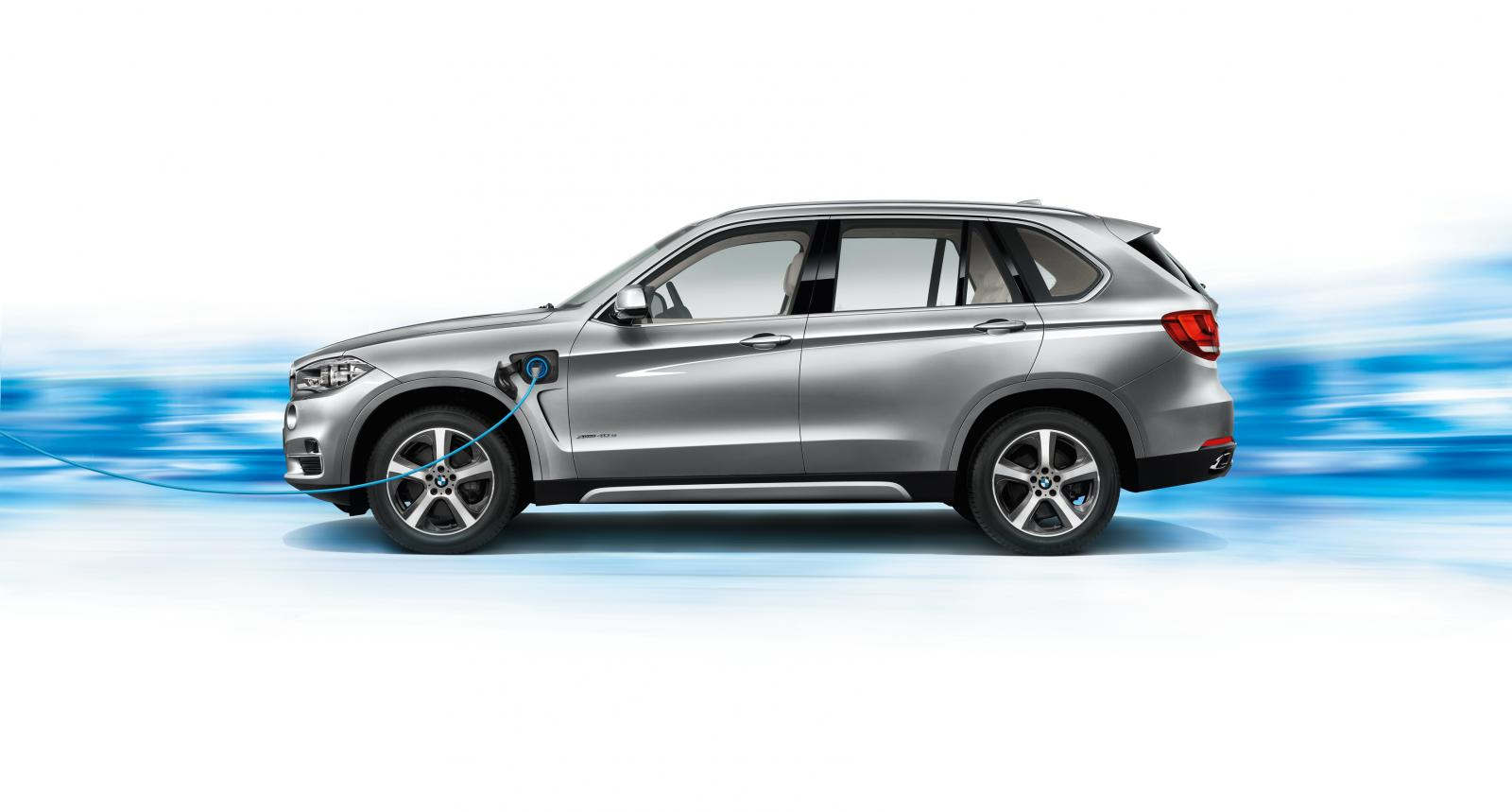 2017 BMW X5 xDrive40e photo - 2