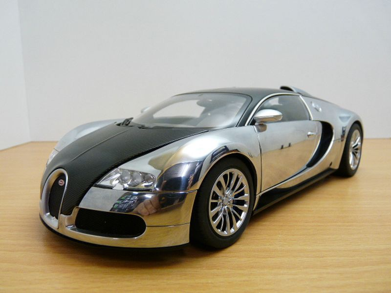 2017 Bugatti Veyron Pur Sang photo - 2