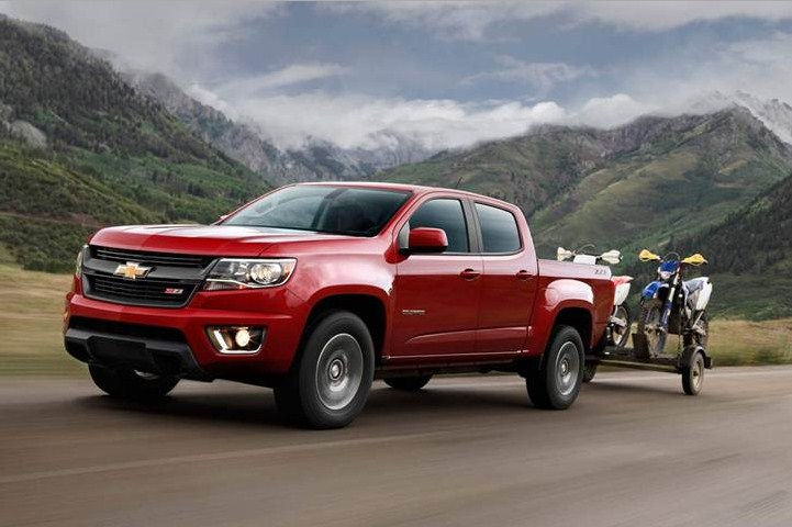 2017 Chevrolet Avalanche photo - 4