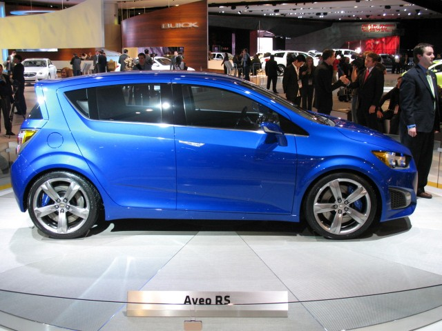 2017 Chevrolet Aveo RS Concept photo - 1