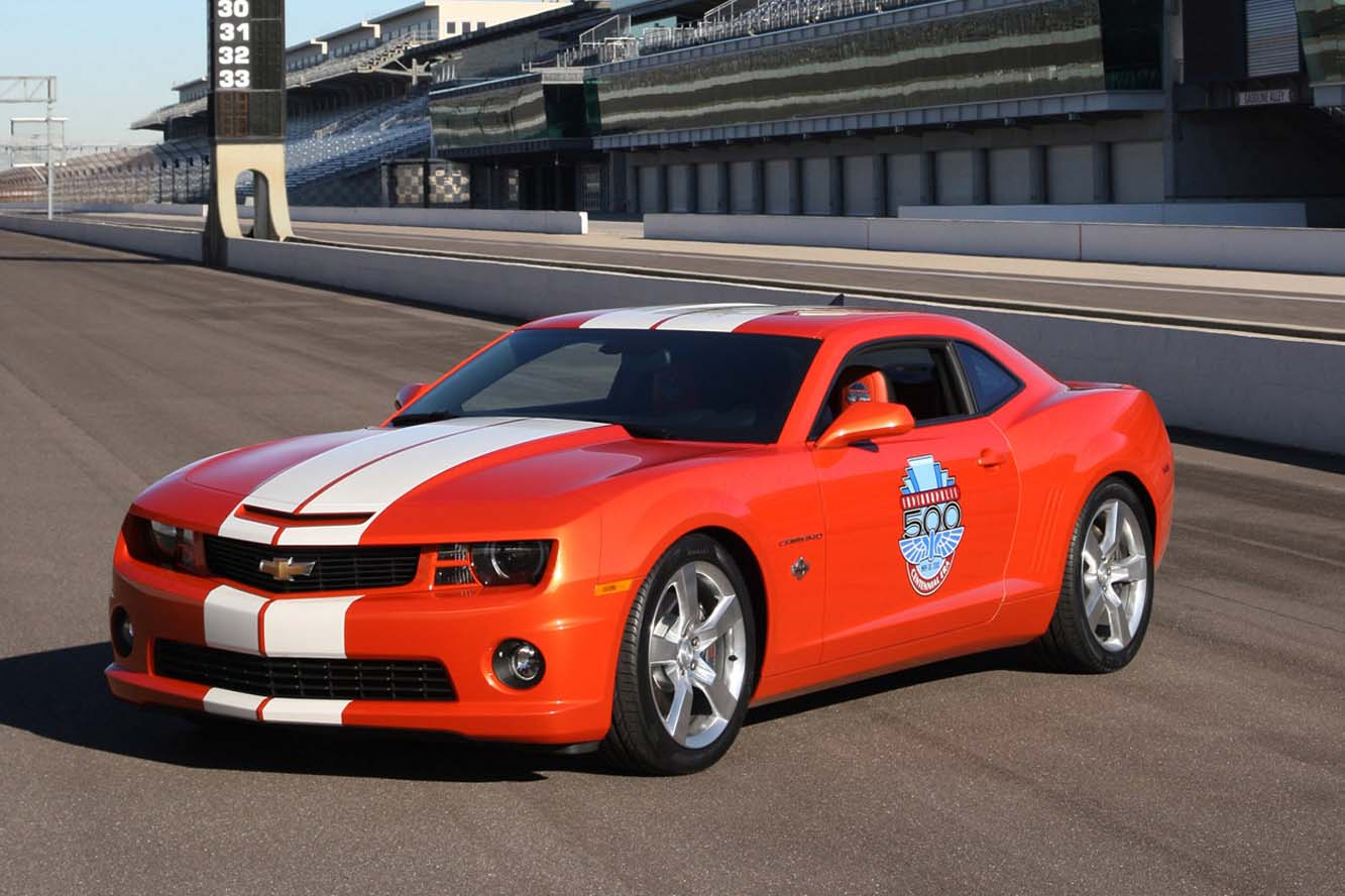 2017 Chevrolet Camaro SS Indy 500 Pace Car photo - 1