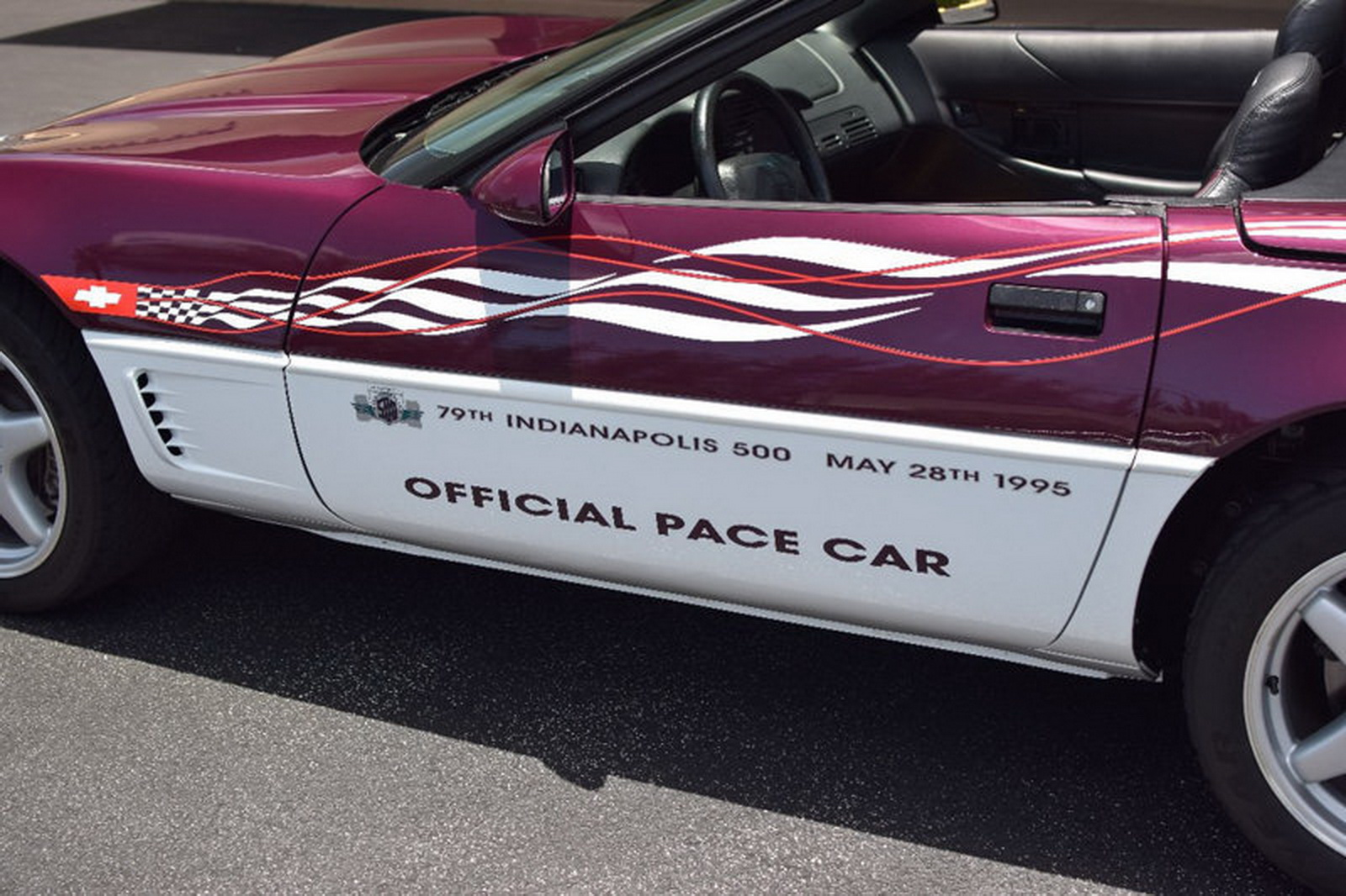 2017 Chevrolet Corvette Indy 500 Pace Car photo - 3