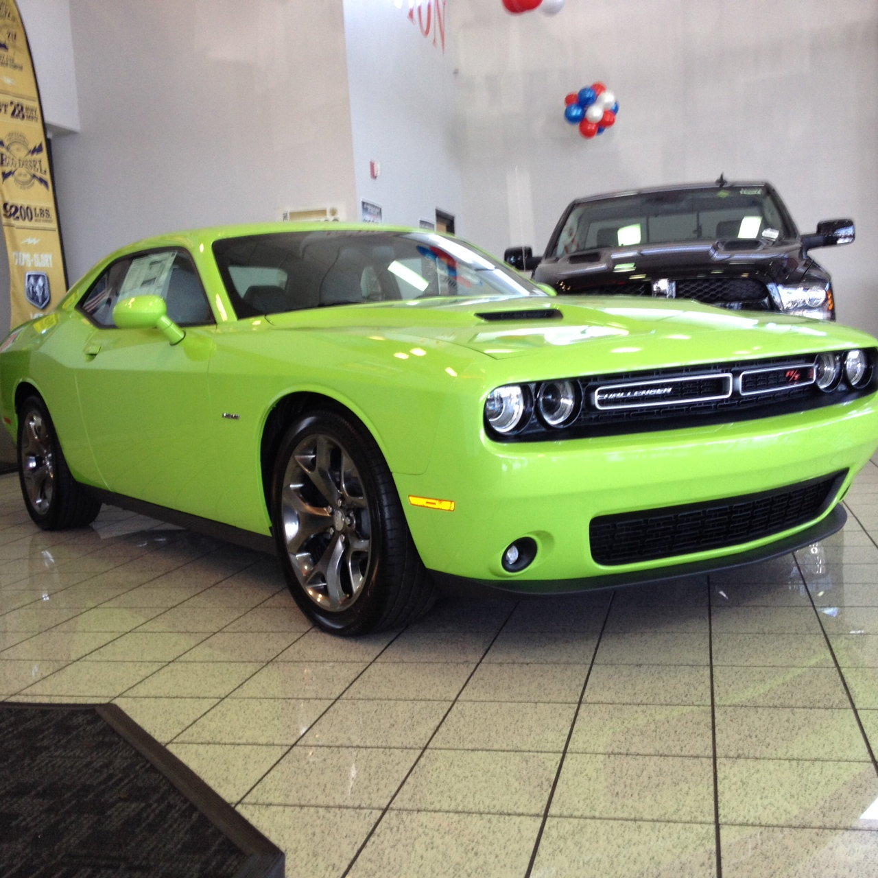 2017 Dodge Challenger RT photo - 2