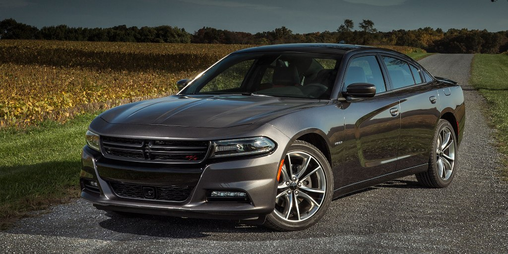 2017 Dodge Charger photo - 3