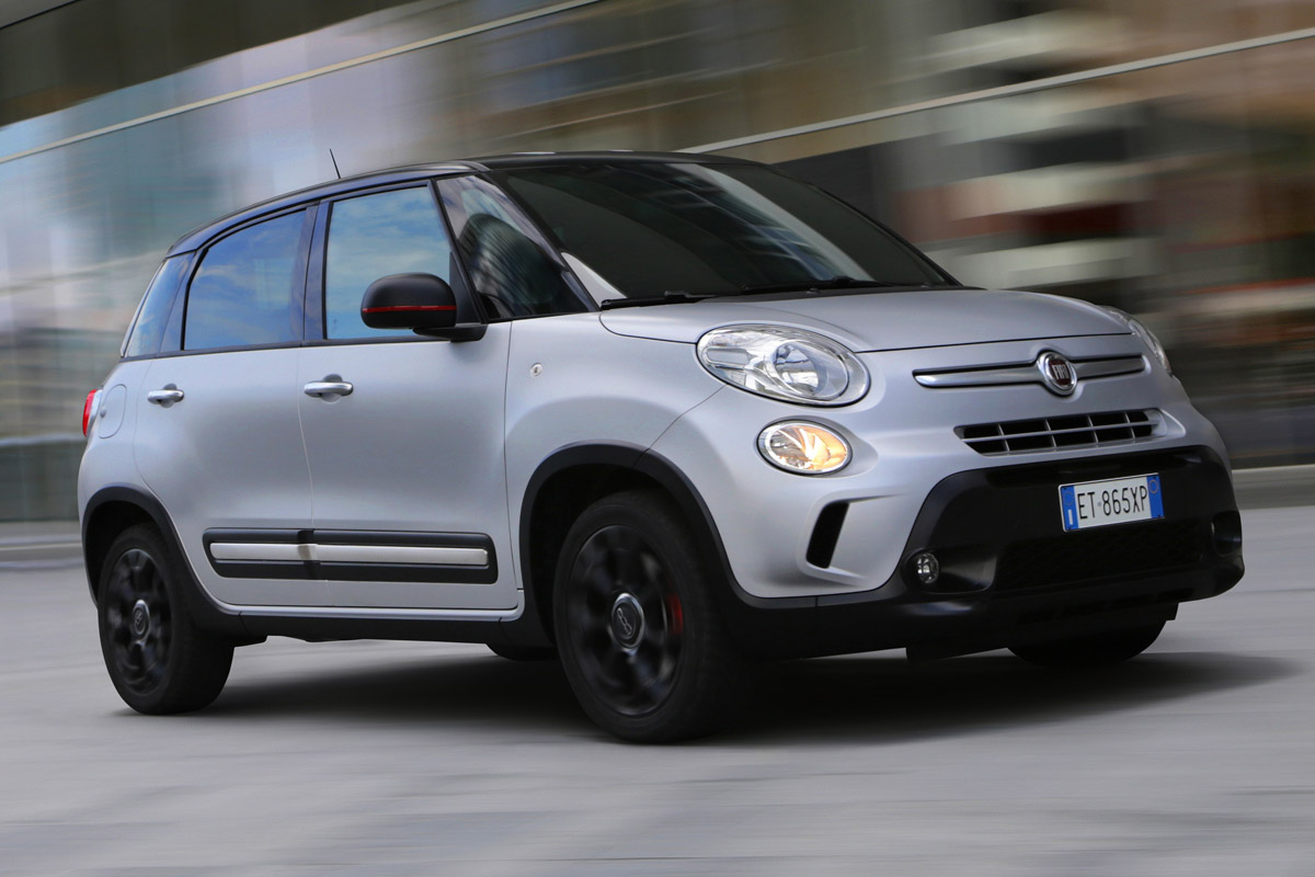 2017 Fiat 500L Beats Edition photo - 3