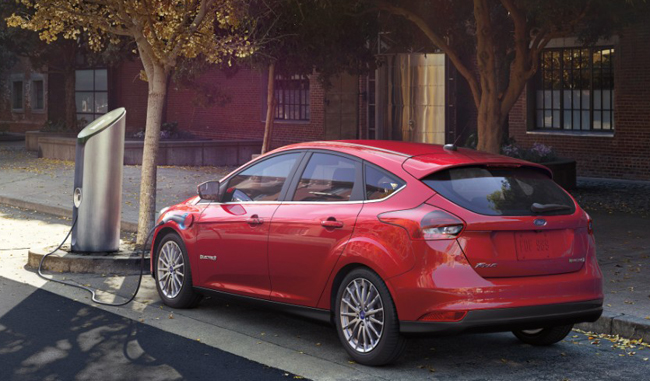 2017 Ford Focus Electric photo - 4