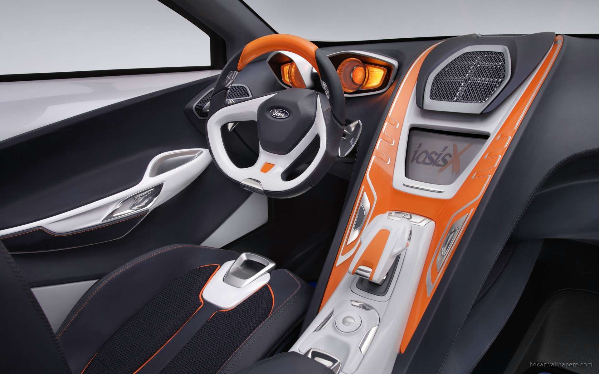 2017 Ford iosis Concept photo - 1