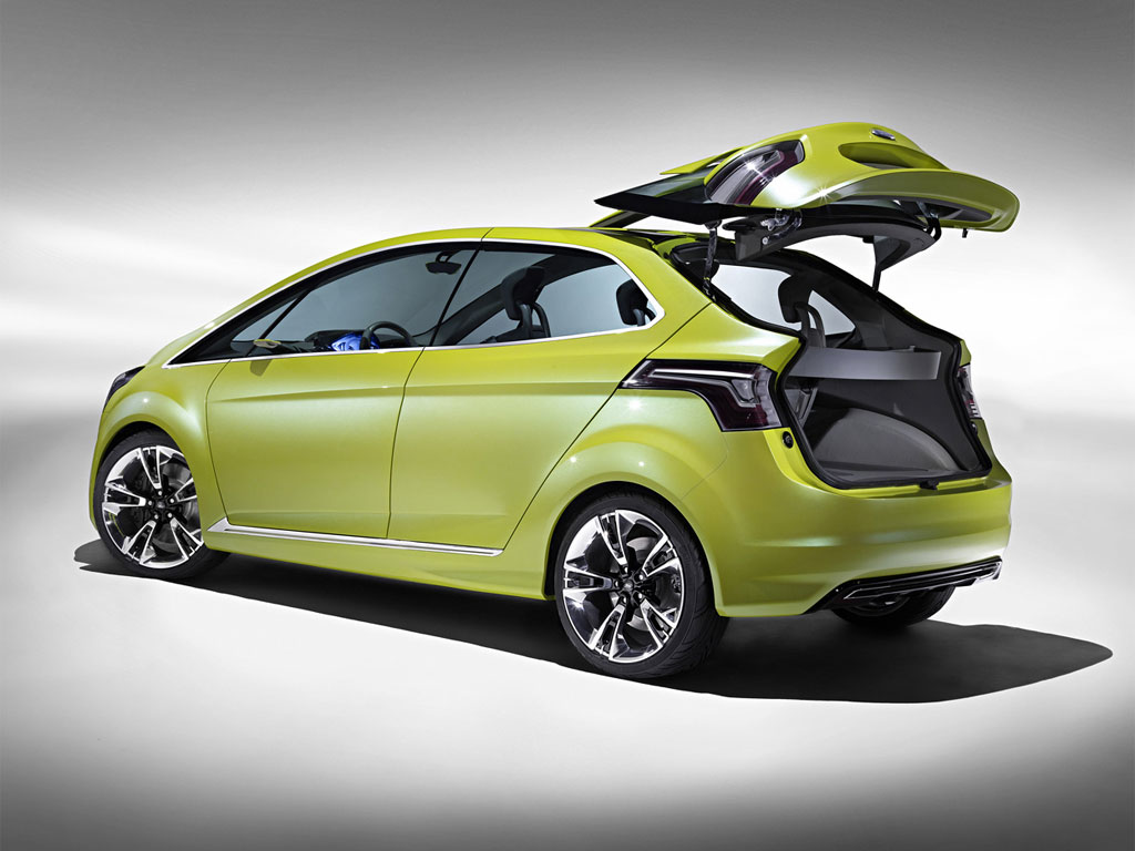 2017 Ford iosis Concept photo - 2