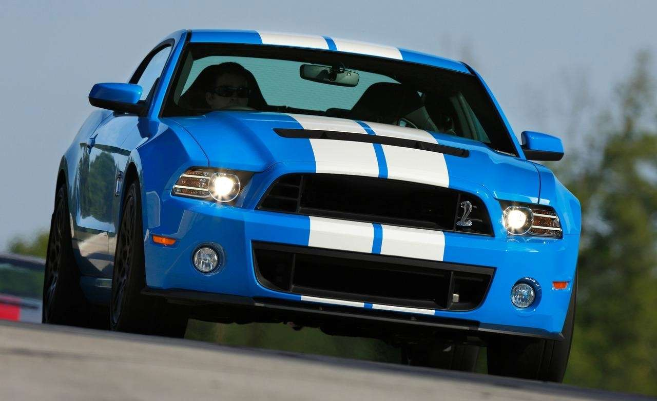 2017 Ford Mustang Shelby GT 350H photo - 3