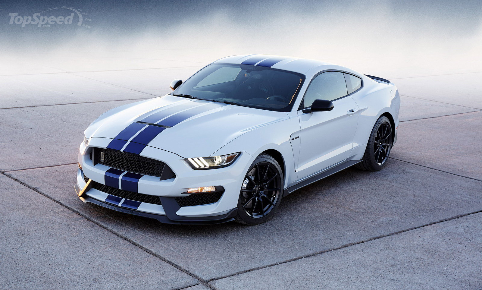 2017 Ford Mustang Shelby GT Convertible photo - 2