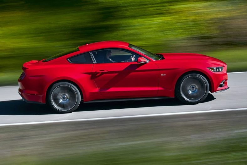 2017 Ford Mustang V6 photo - 2