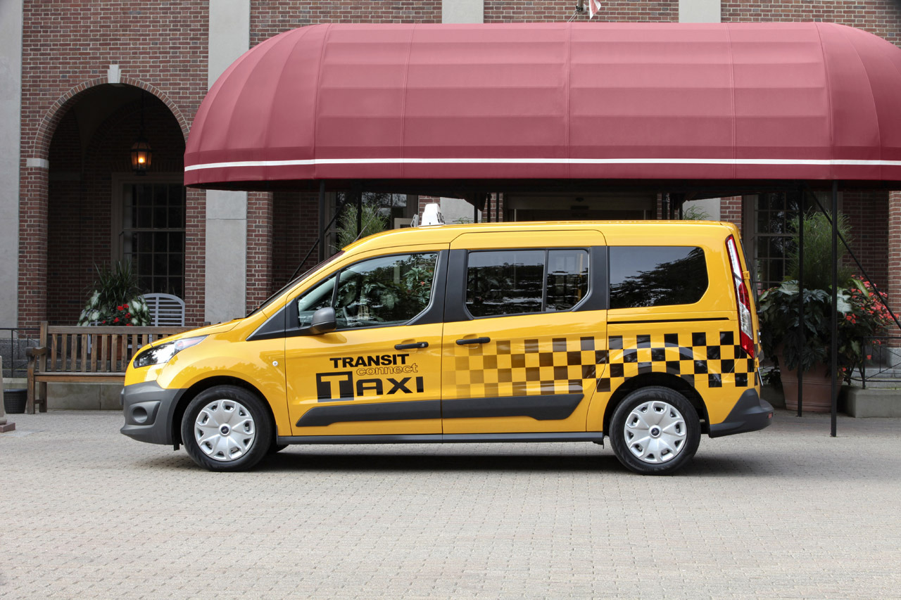 2017 Ford Transit Connect Taxi photo - 4
