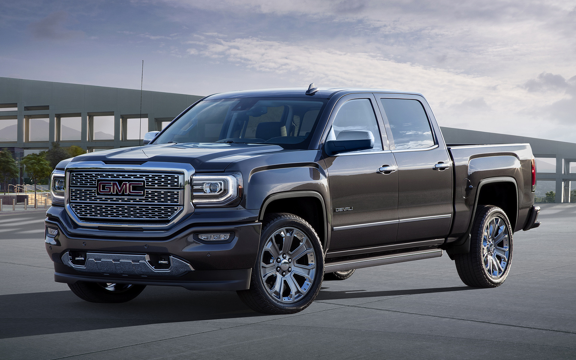 2017 GMC Sierra 2500 HD SLT Extended Cab photo - 2