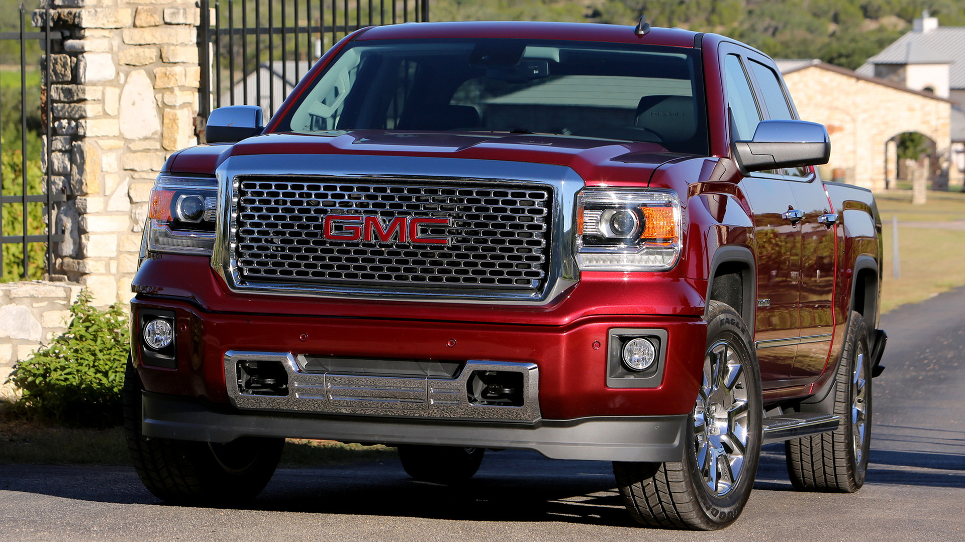 2017 GMC Sierra Denali 1500 Crew Cab photo - 1