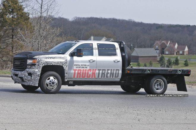 2017 GMC Sierra HD photo - 2