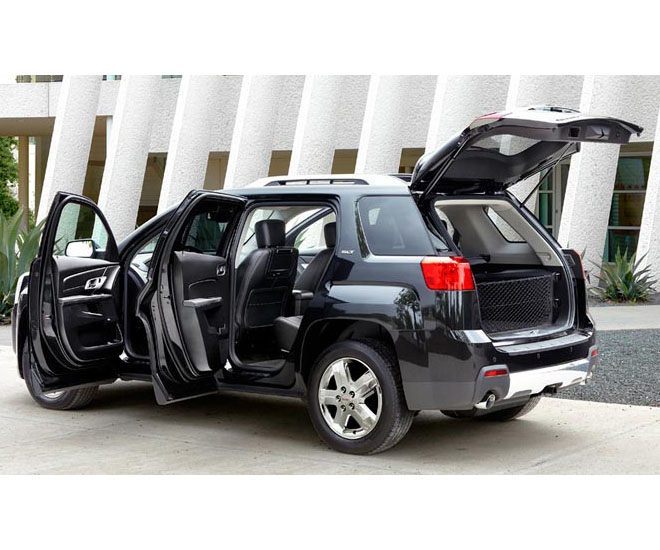 2017 GMC Terrain photo - 2