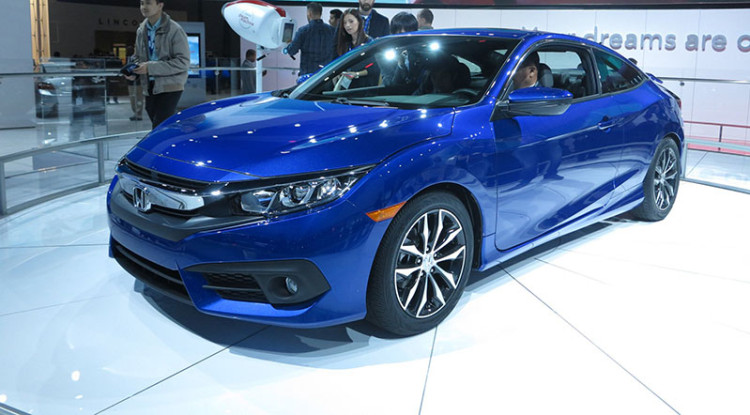 2017 Honda Civic Si photo - 3