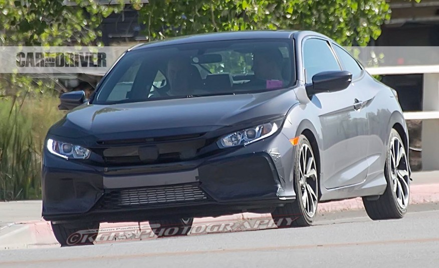 2017 Honda Civic Si photo - 4