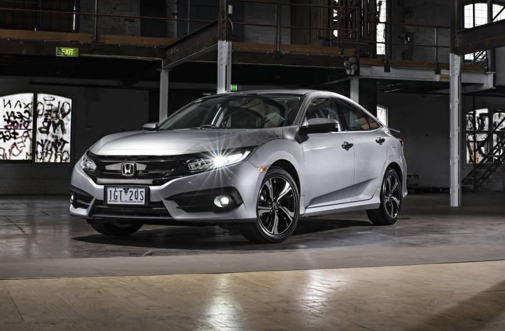 2017 Honda Civic Si Sedan photo - 4