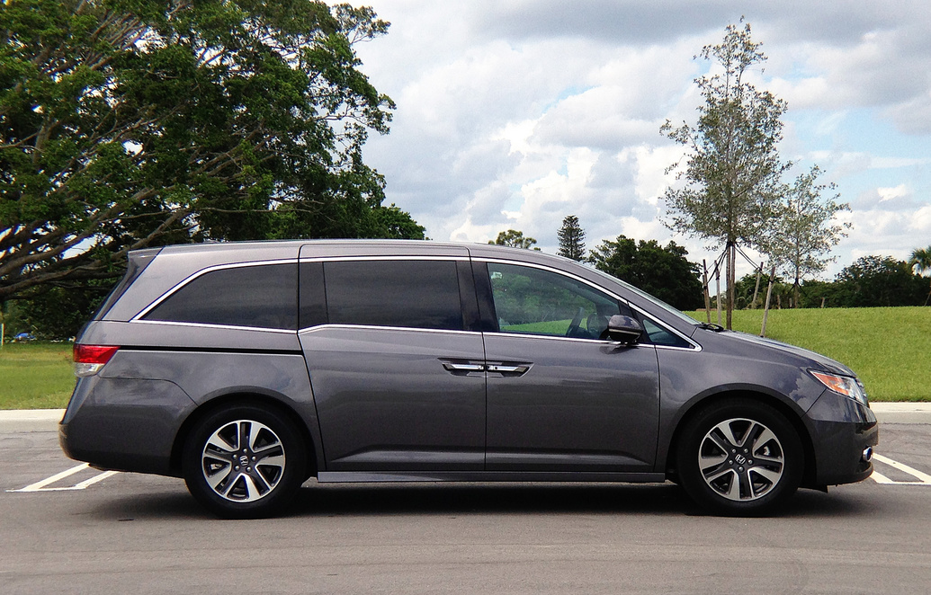 2017 honda odyssey touring car photos catalog 2018