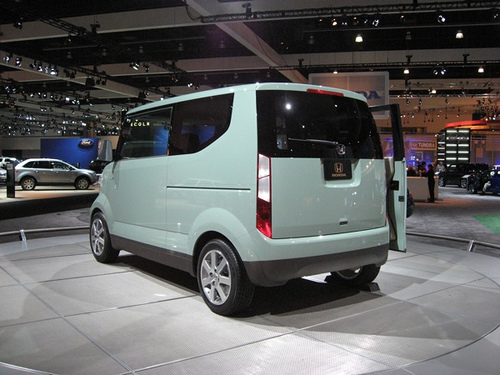 2017 Honda Step Bus Concept photo - 2