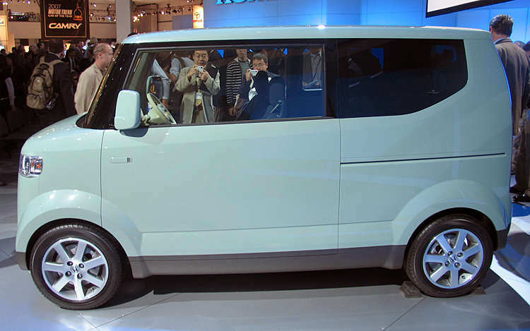 2017 Honda Step Bus Concept photo - 4