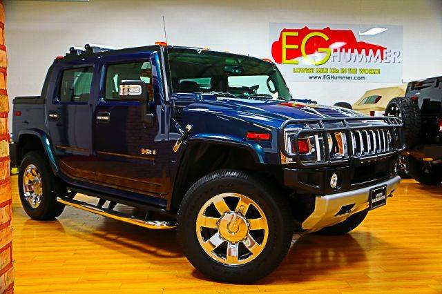 2017 Hummer H2 SUT Limited Edition photo - 3