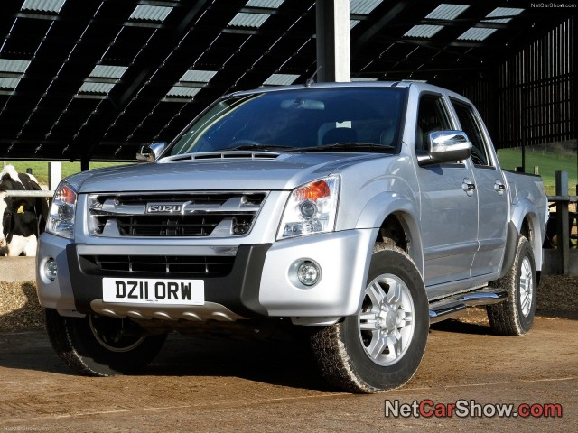 2017 Isuzu Rodeo 3.0 Denver photo - 3