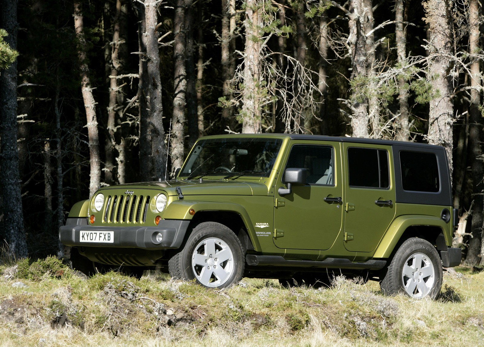 2017 Jeep Wrangler Unlimited UK Version photo - 1