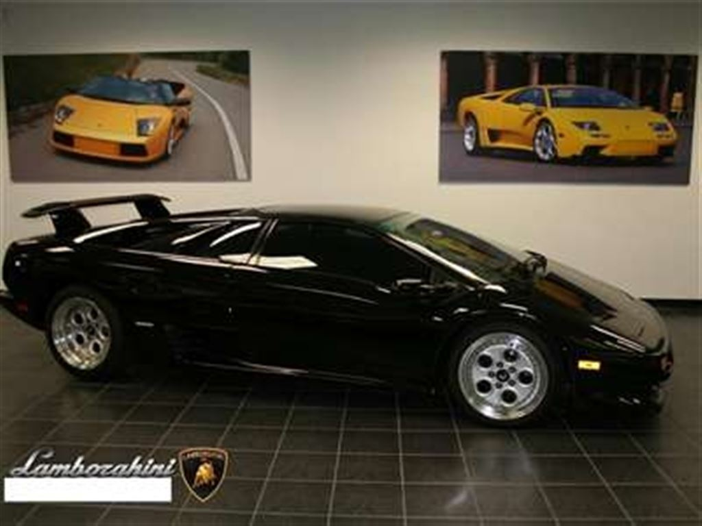 2017 Lamborghini Diablo photo - 3