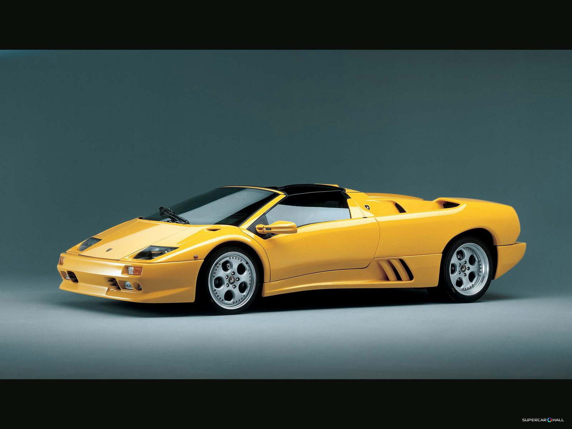 2017 Lamborghini Diablo photo - 4