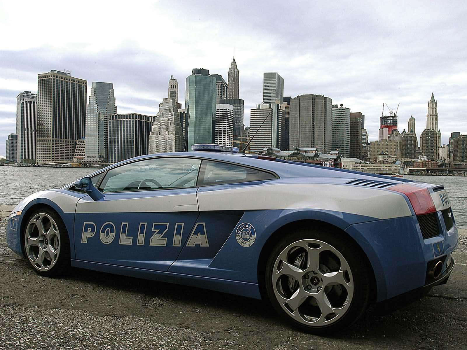2017 Lamborghini Gallardo Police Car photo - 3