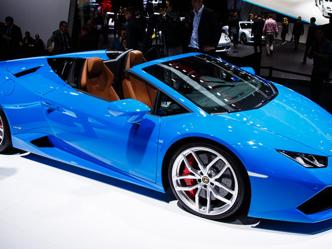 2017 Lamborghini Gallardo Spyder photo - 3