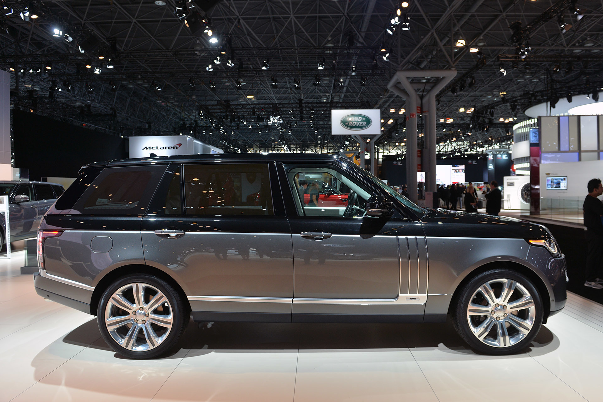 2017 Land Rover Range Rover SV Autobiography new photo - 1