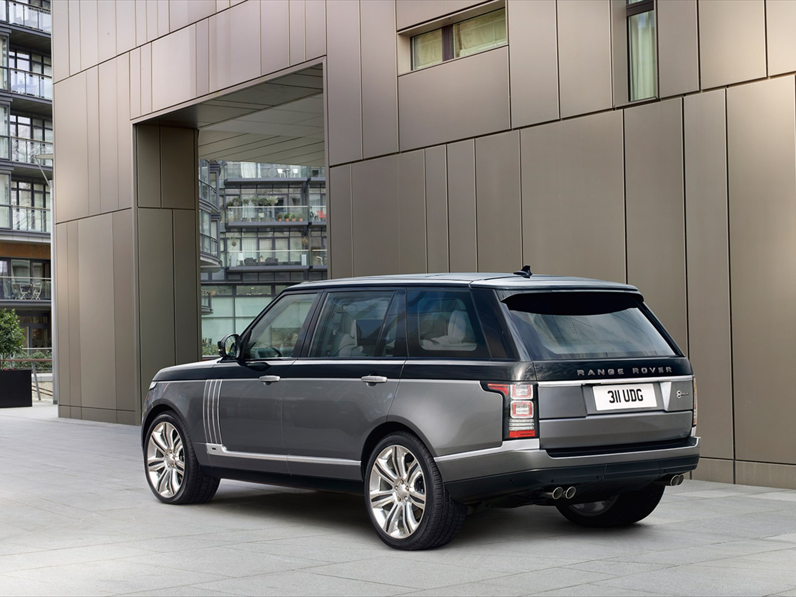 2017 Land Rover Range Rover SV Autobiography new photo - 2