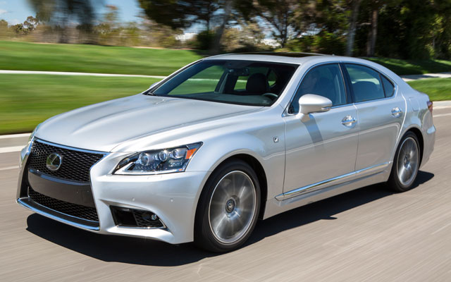 2017 Lexus GS430 photo - 2