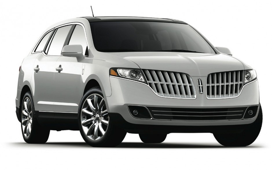 2017 Lincoln MKT photo - 4