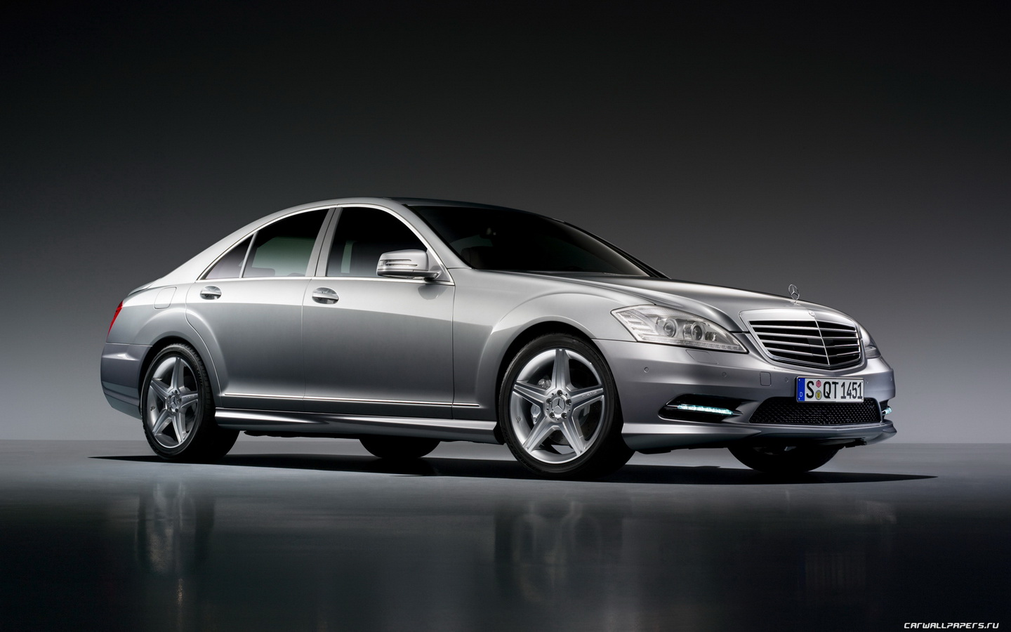 2017 Mercedes Benz S Class AMG Sports Package photo - 1