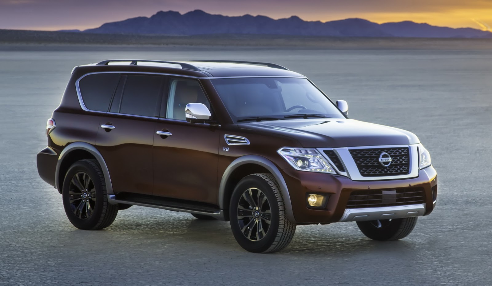 2017 Nissan Pathfinder Armada photo - 1