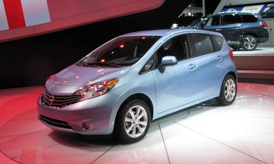 2017 Nissan Versa Note photo - 3