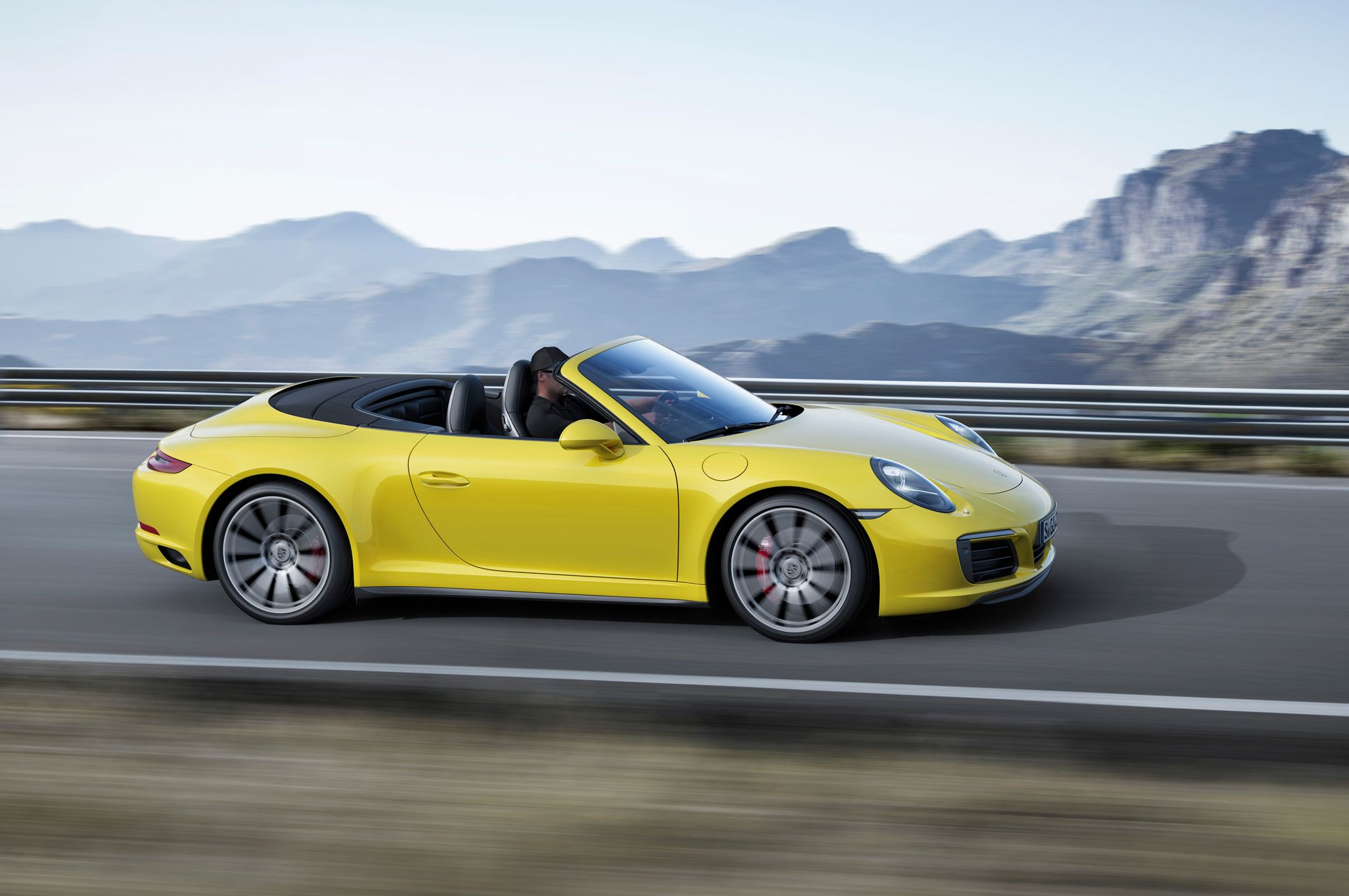 2017 Porsche 911 Carrera 4S Cabriolet photo - 4