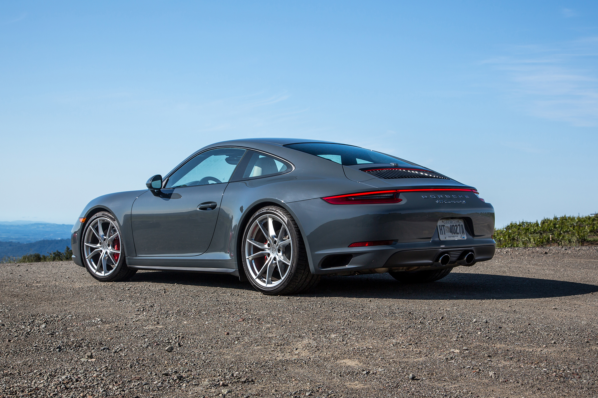 2017 Porsche 911 Carrera 4S Coupe photo - 1