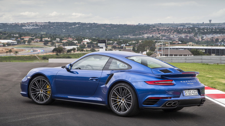2017 Porsche 911 Turbo photo - 4