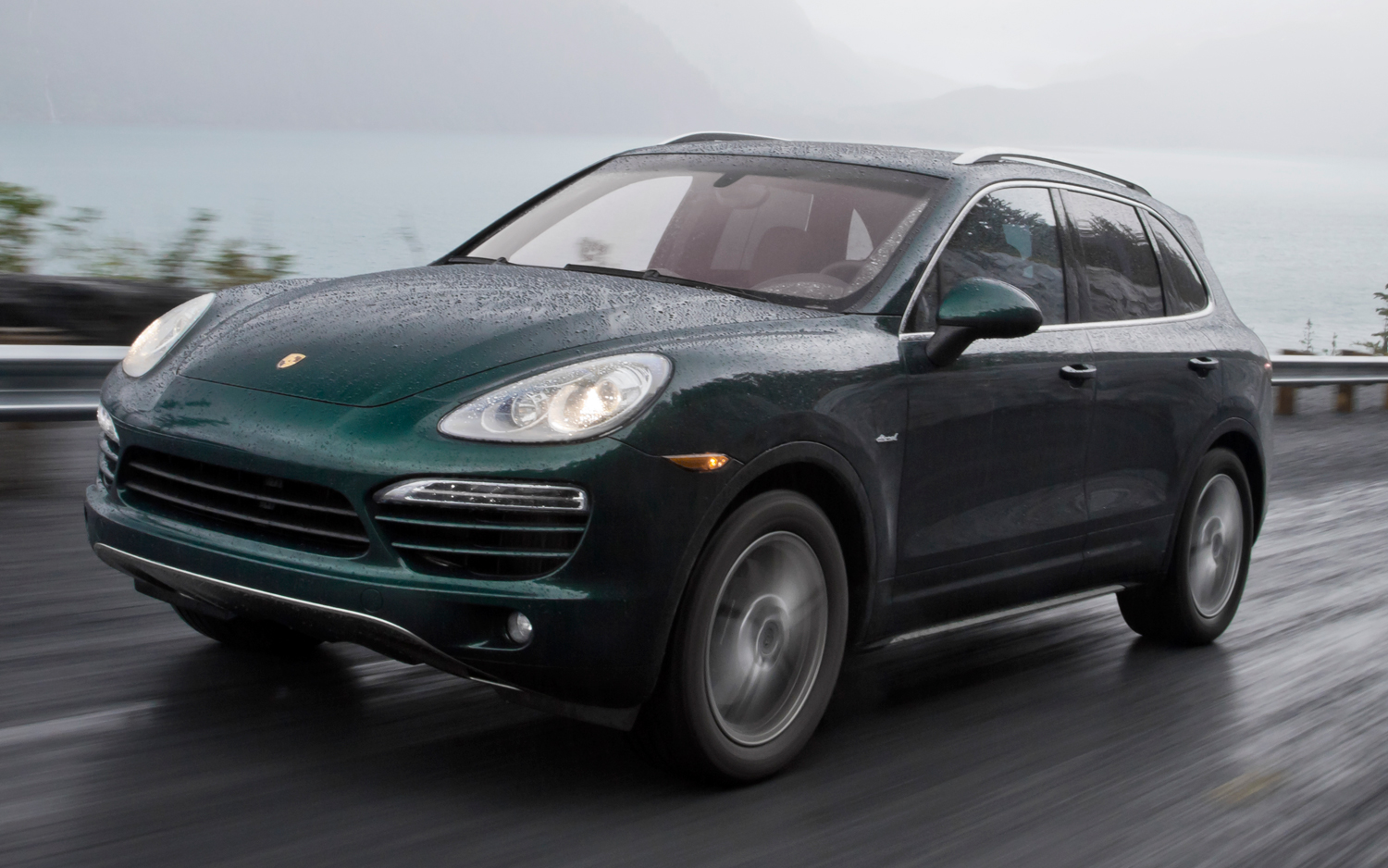 2017 Porsche Cayenne Diesel photo - 3