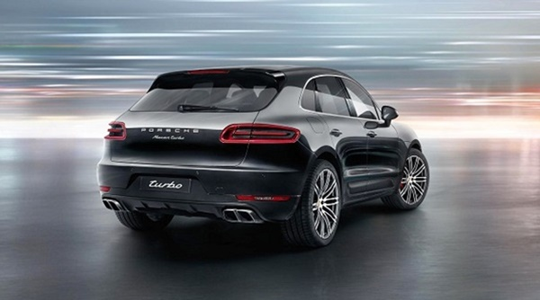 2017 Porsche Cayenne Turbo S photo - 2