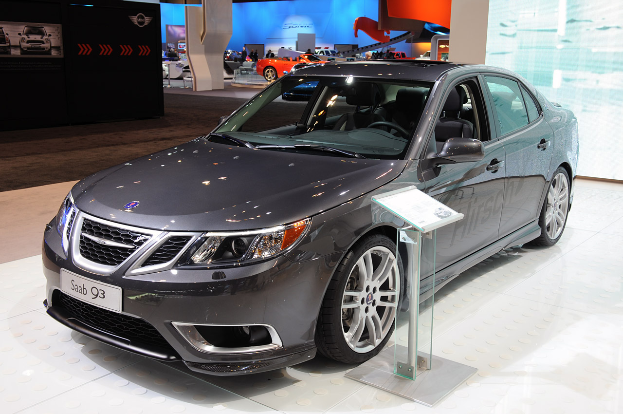 2017 Saab 93 Convertible Photo 4