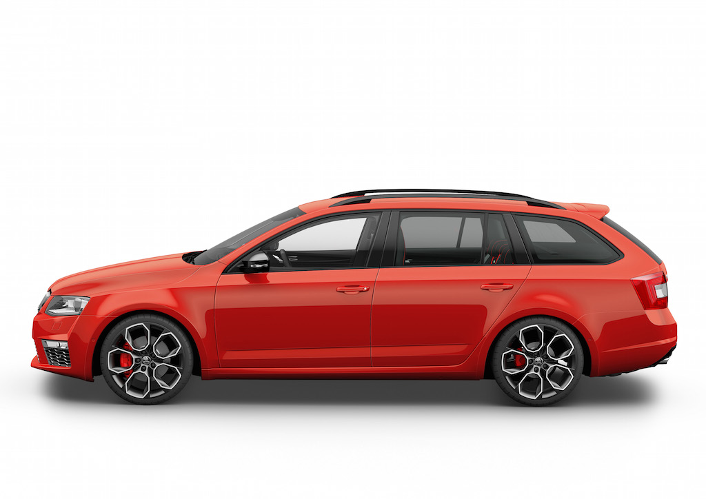2017 Skoda Octavia Combi RS photo - 4